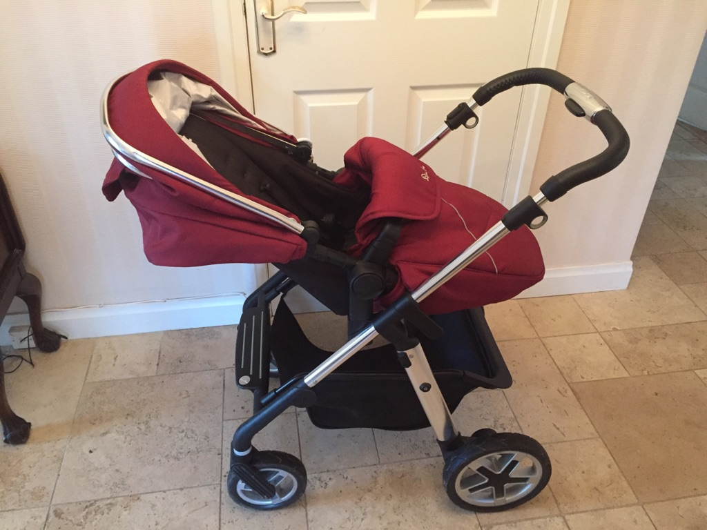 Silver cross pioneer travel system vintage red and sliver cross isofix base