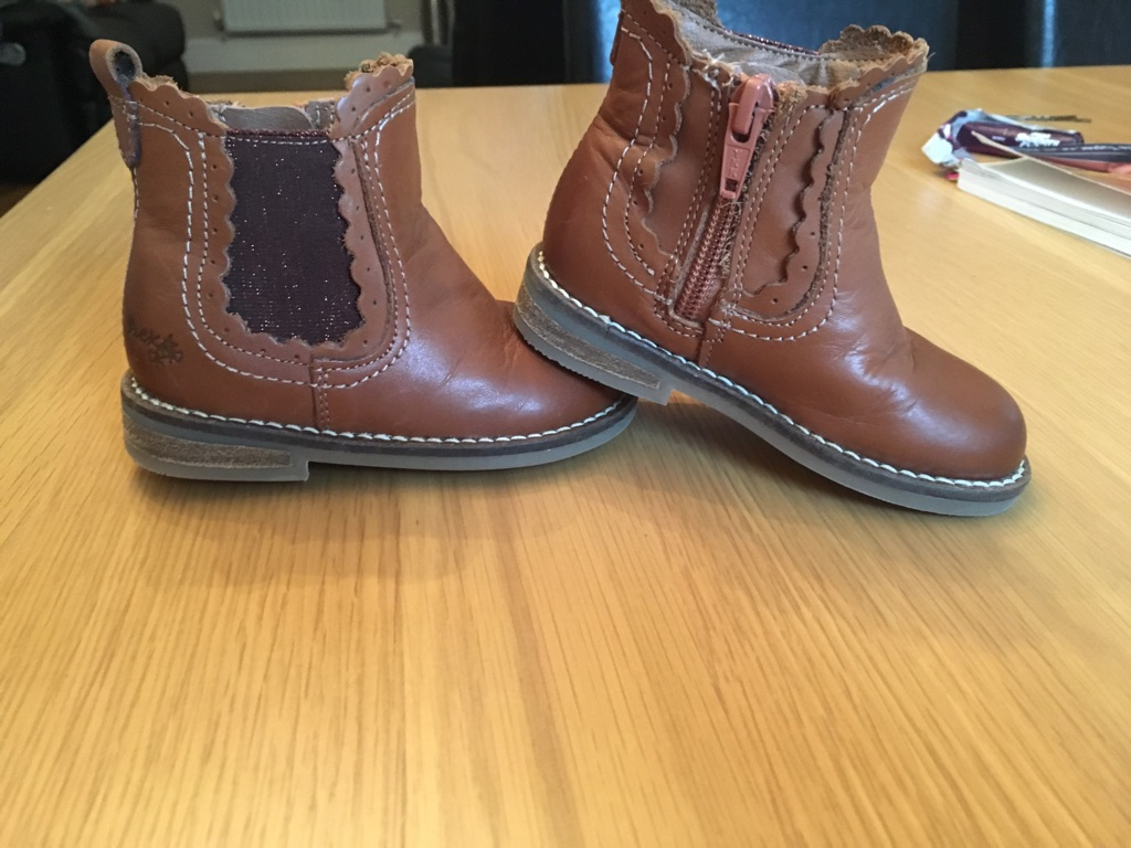 Next tan Chelsea boots toddler girls size 5