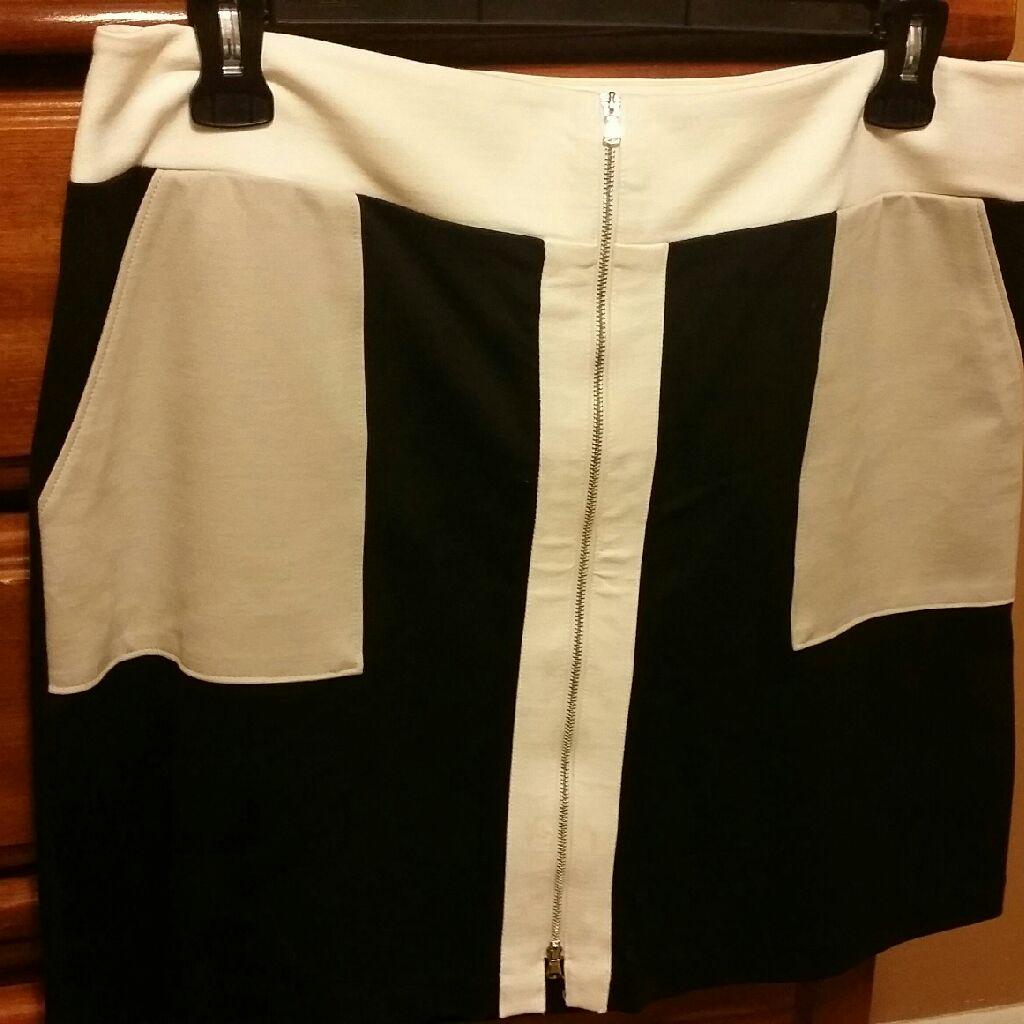 Inc skirt, size 14