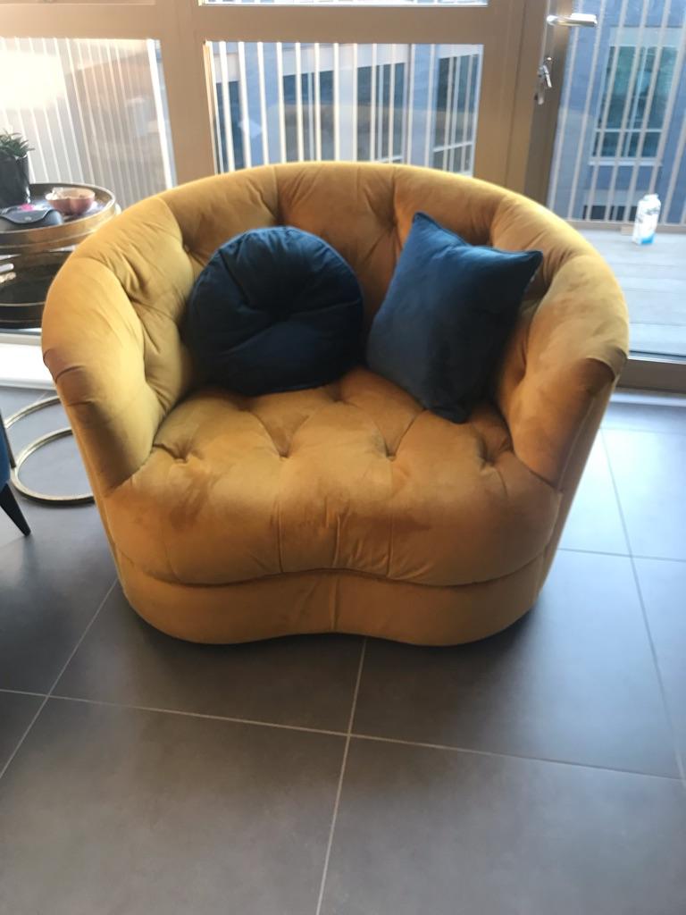Mustard crushed velvet swing armchair - BRAND NEW