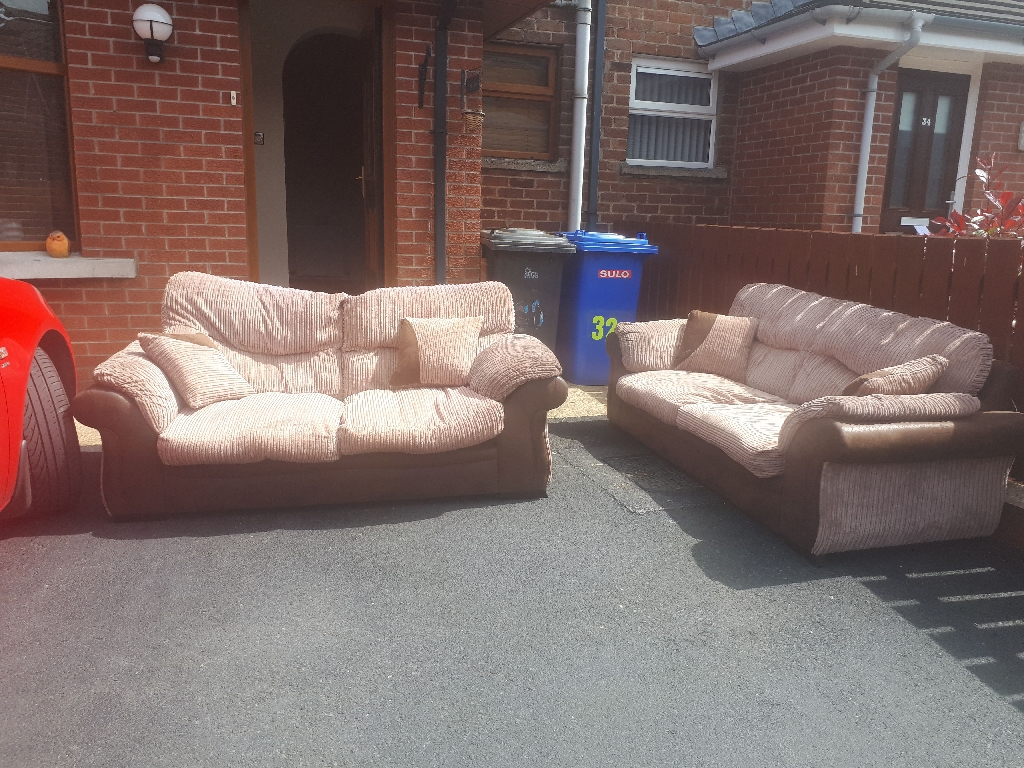 2 and a 3 seater sofas