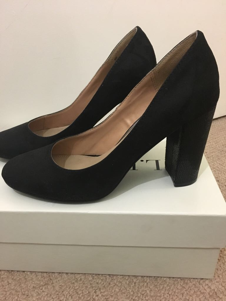 Dune black suede shoes size 6