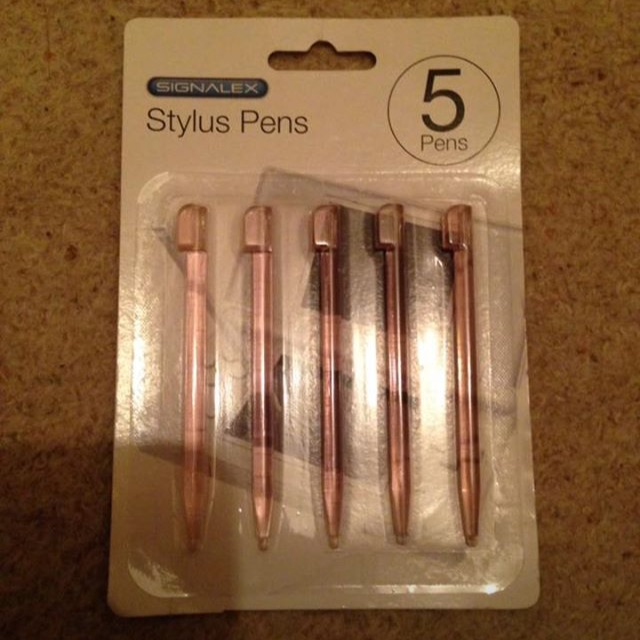 Brand New Pack Of 5 Pink DS Styluses