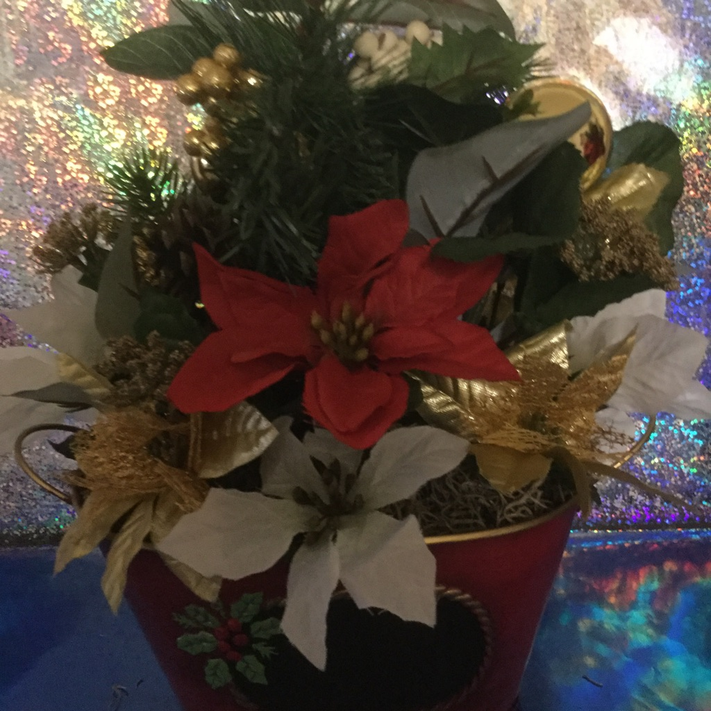 Red Tin Christmas Flower