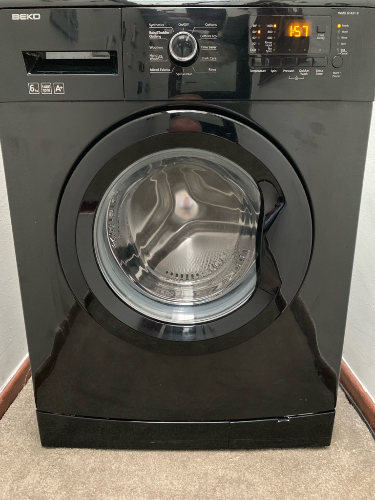 Beko 6kg 1400 spin washing machine black