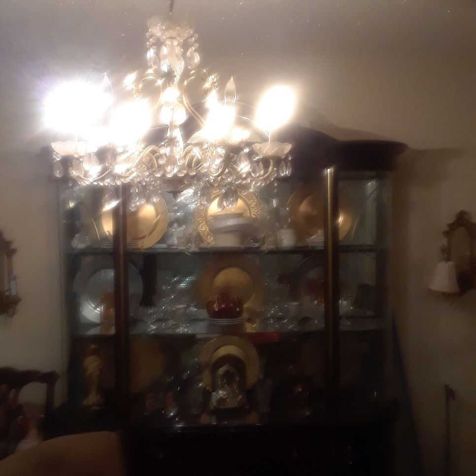 China cabinet like new