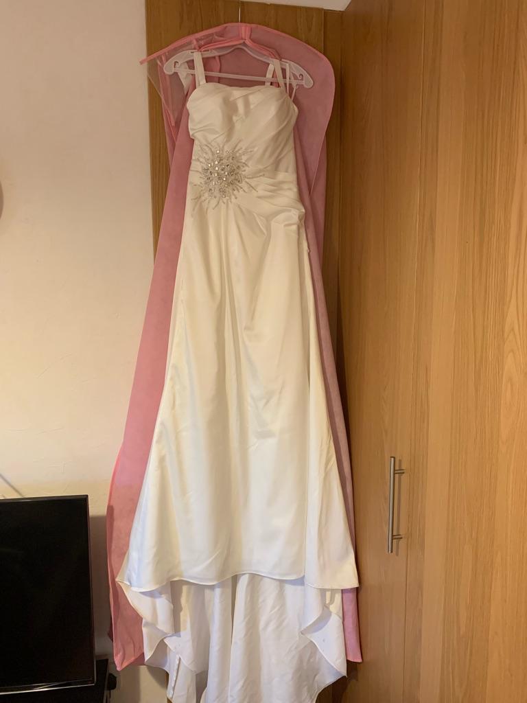 Ivory wedding dress size 8