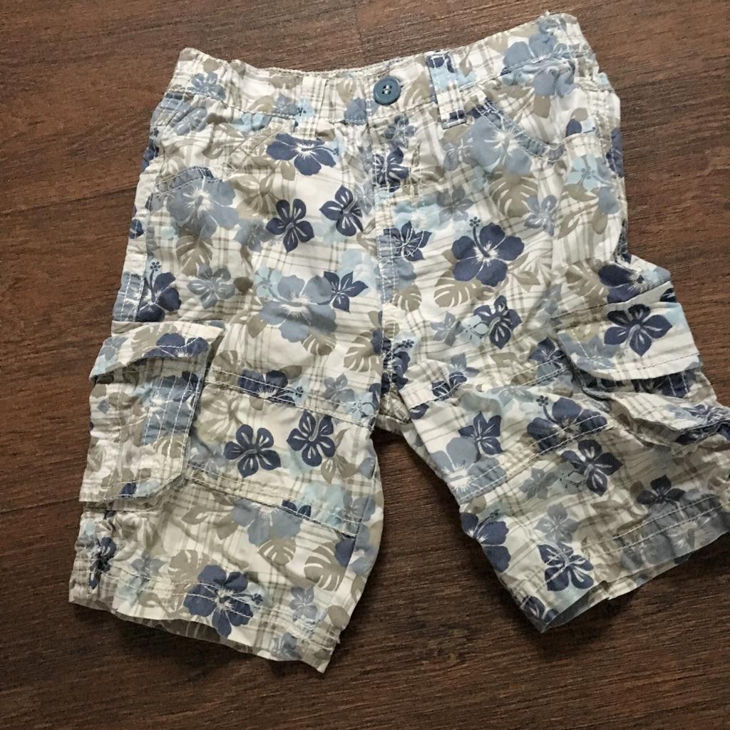 Boys shorts 9-12 months