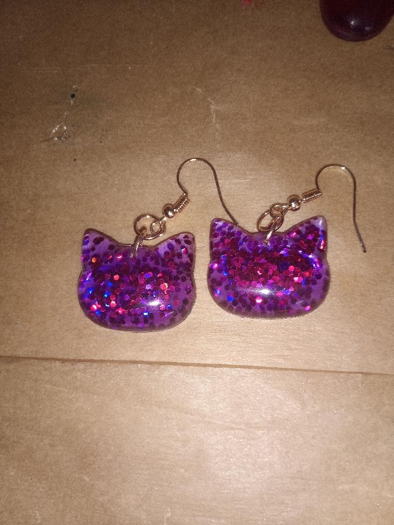 Large n small cat n paw earrings