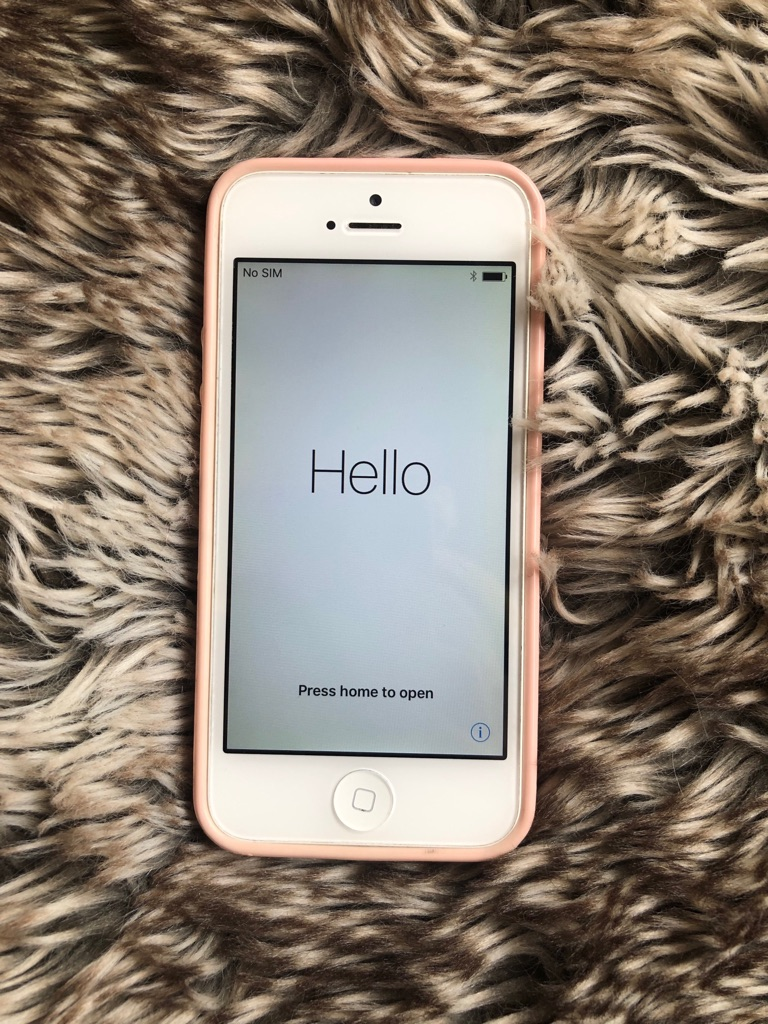 iPhone 5, 32GB (White) (O2 Locked)