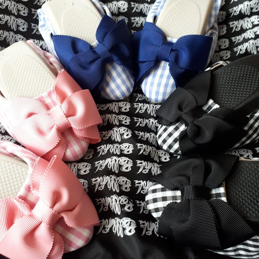 3 pairs of lovely gingham fold ups shoes size 38(5)