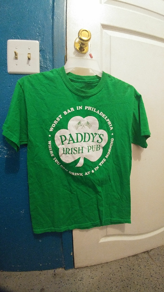 It's Always Sunny in Philidelphia Paddy's Irish Pub Worst bar in Philidelphia Men's T Shirt Medium