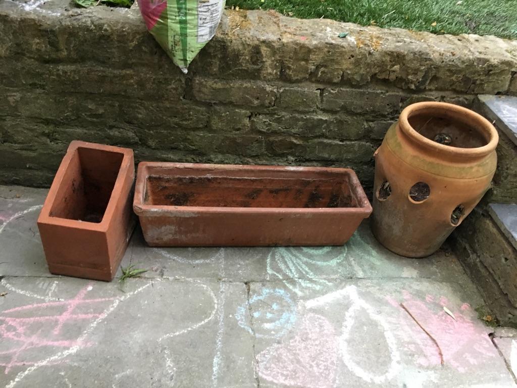 3 terracotta garden pots