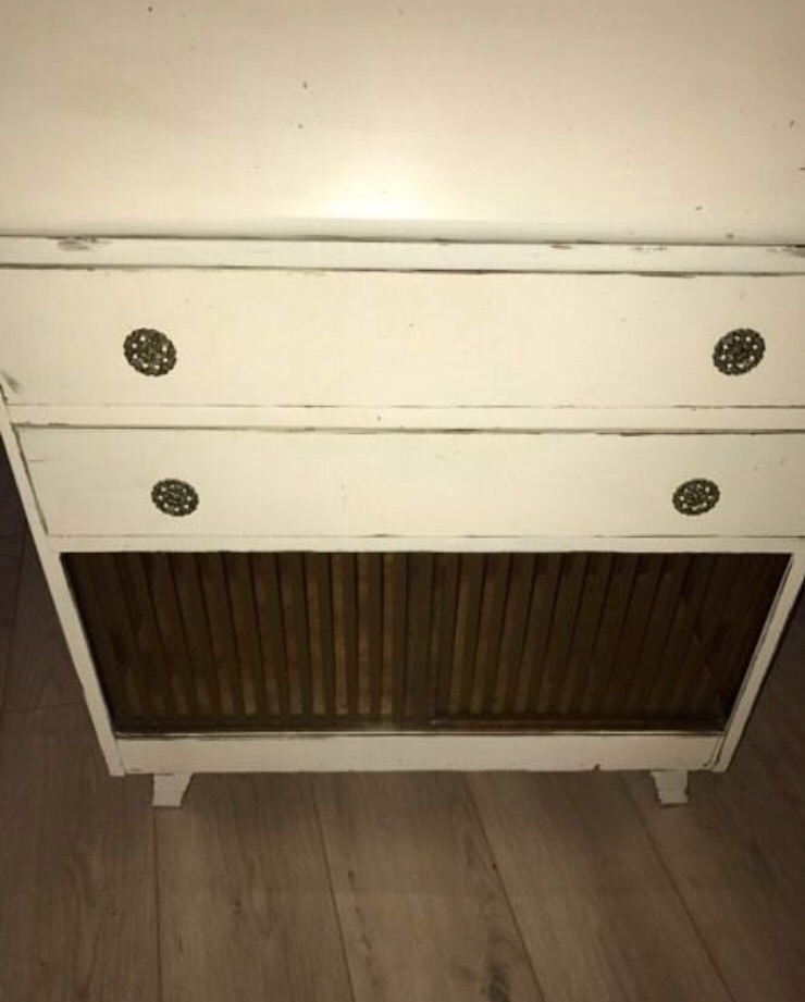 Chabby Chic Vintage Wood Bureau
