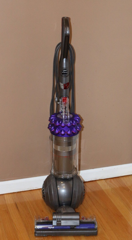 Dyson kinetic big ball hoover with accessories