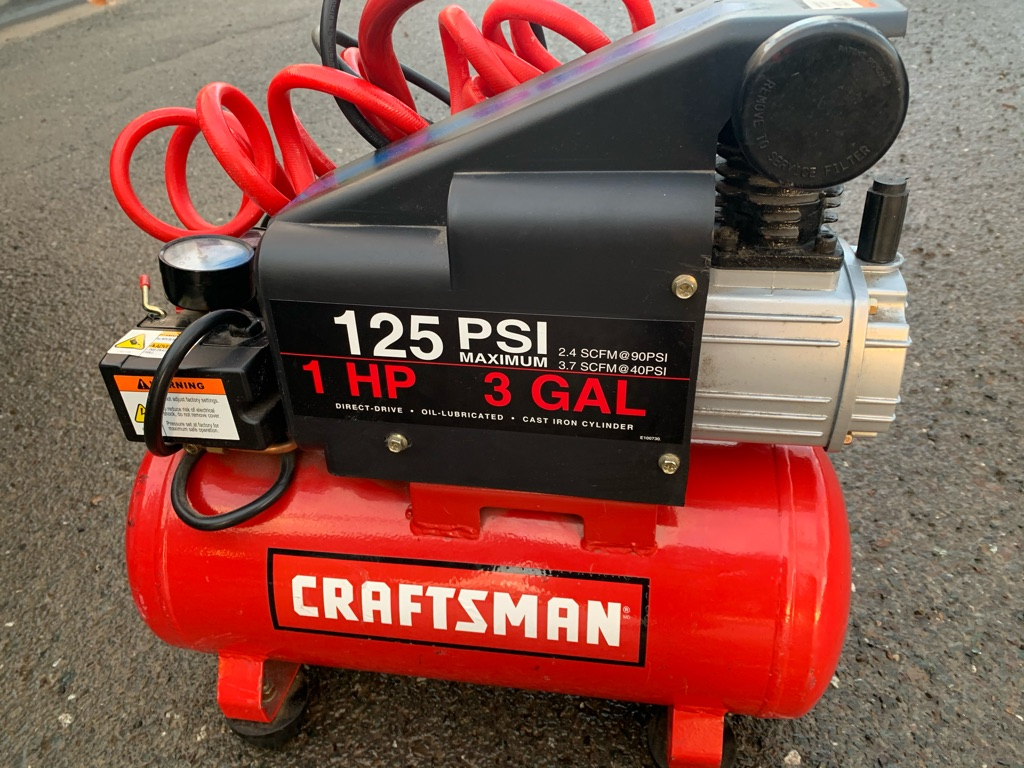Craftsman 3 gal. Portable Air Compressor 135 psi 1 hpItem no. 1409242|
