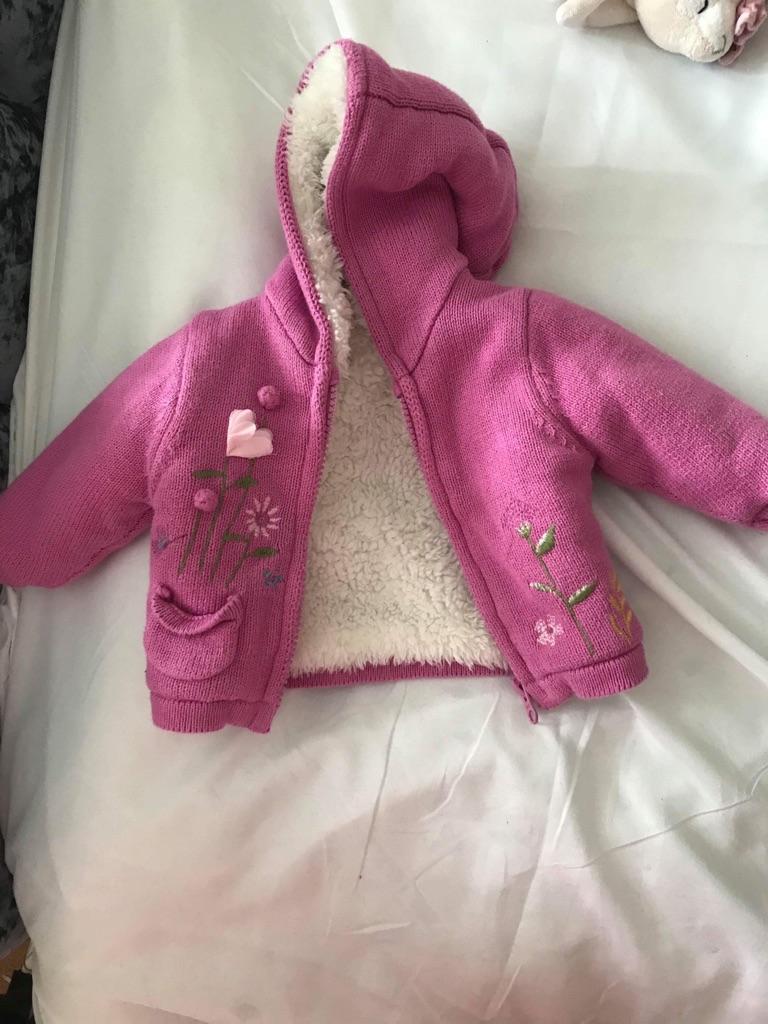 Tiny baby clothes £5 bundle