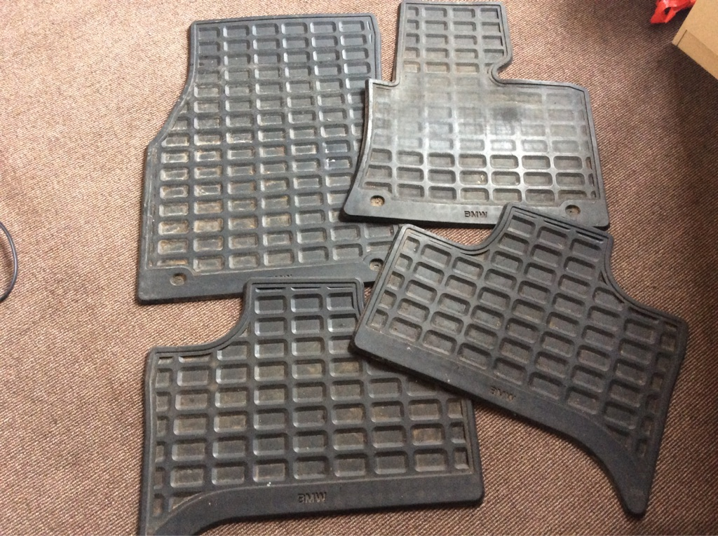 BMW X5 E53 rubber car mats