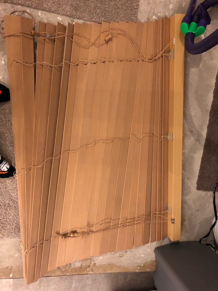 4ft real wood blind offers!!