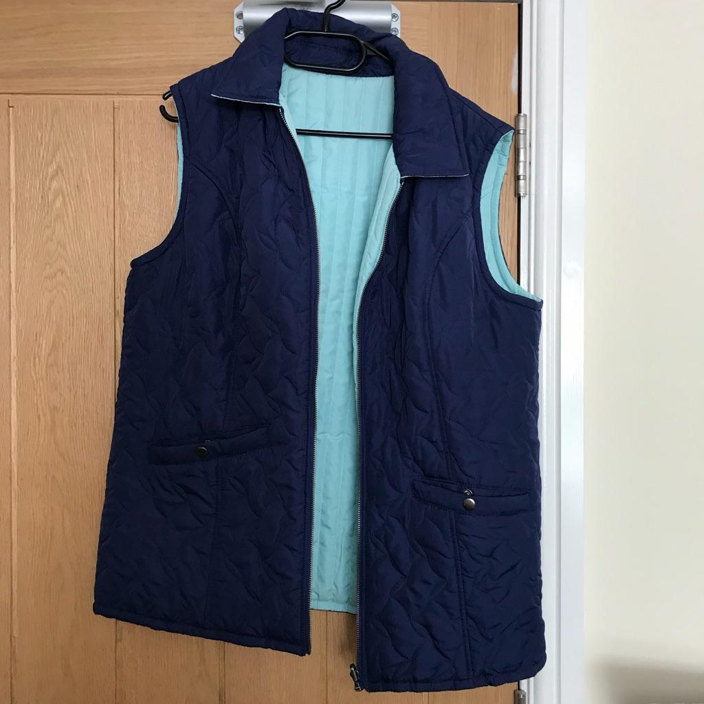 Reversible blue body jacket size 18