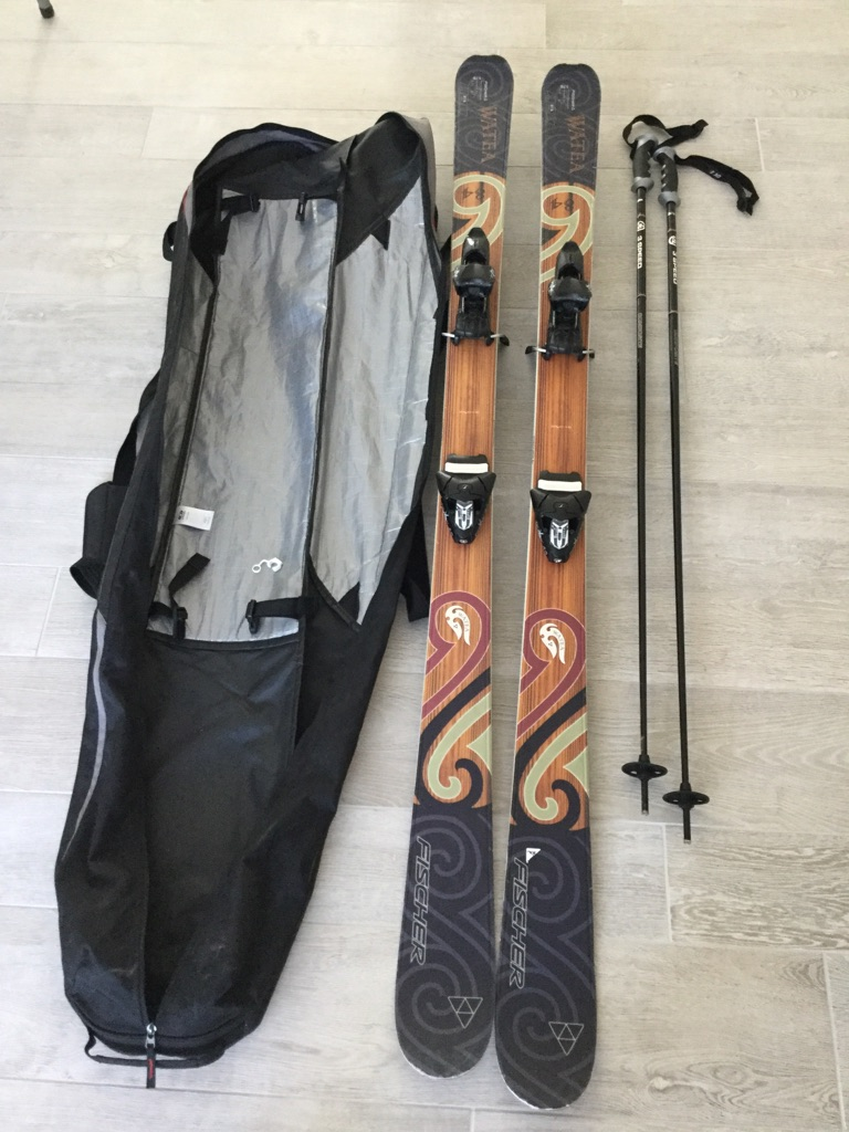 Fischer Skis & Binding 176cm length with poles (130cm) used - OFFERS WELCOME