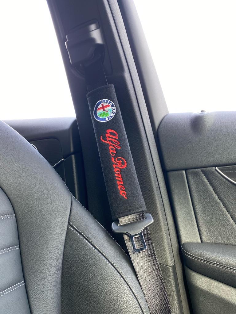 2X Seat Belt Pads Cotton Gifts Alfa Romeo Giulietta Mito GTV156 159 Spider Brera Giulia