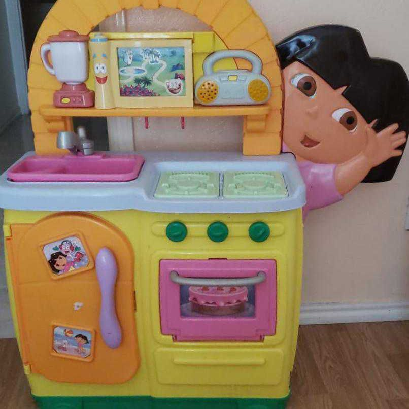 Dora explorer kitchen