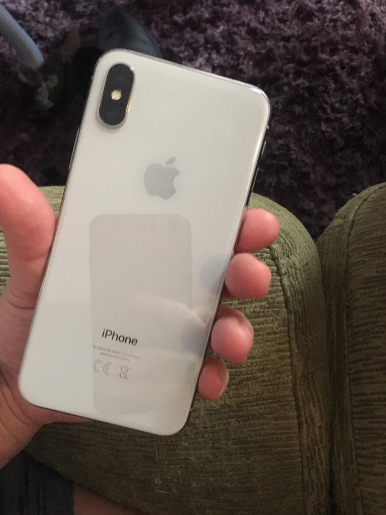 iPhone X on vodaphone 64gb 6 months old