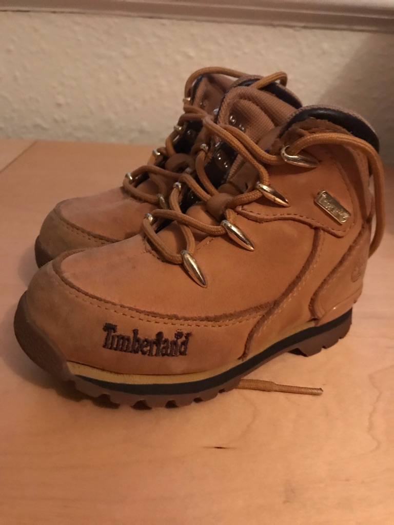 Infant boys size 7 Timberland boots