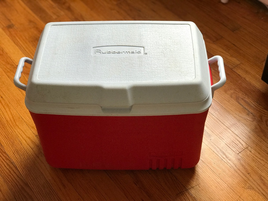 Rubbermaid Victory Cooler, Red - 48 qt