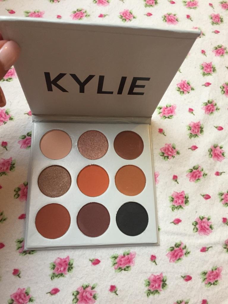 Kylie bronze eyeshadow palette new