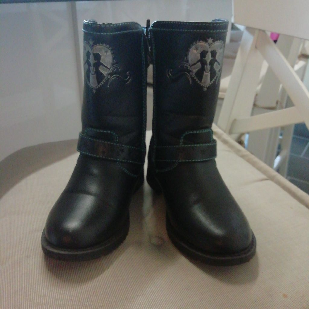 Kid's size 13 black boots