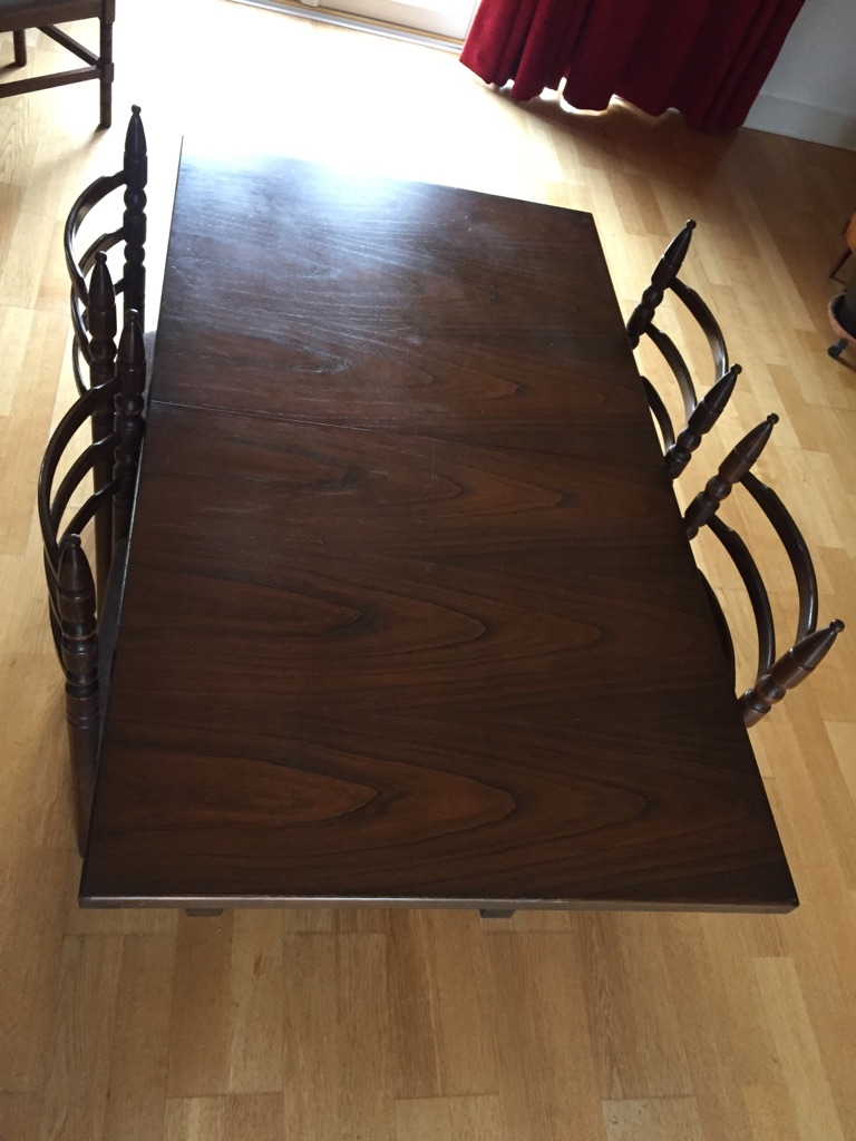 Oak Extending Dining Room Table