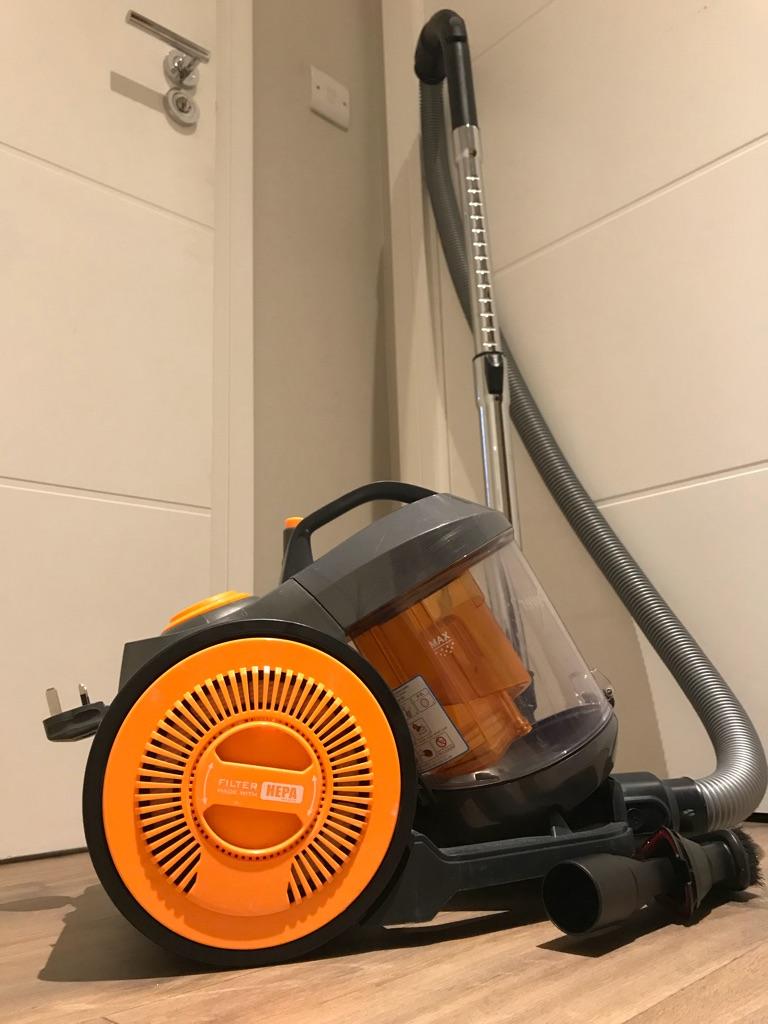 Vacuum  cleaner !!Excellent condition!!