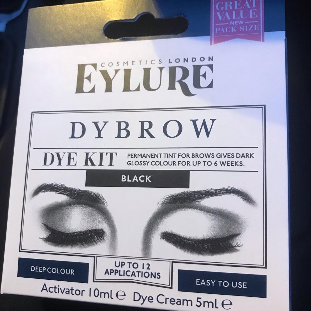 Brand new eyebrow