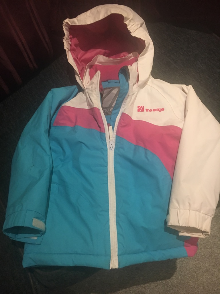 Age 5-6 snow jacket , the edge