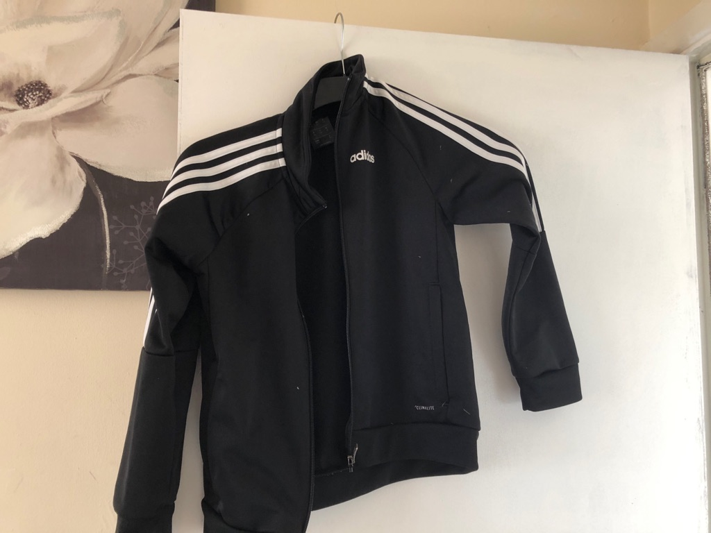 Boys Adidas top size 7-8