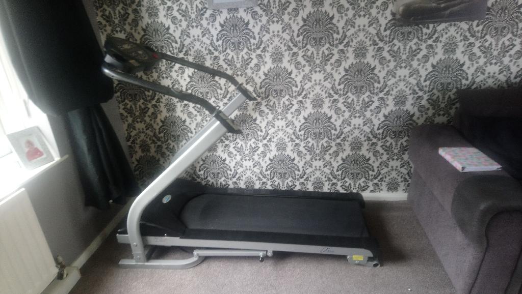 Treadmill airwalker