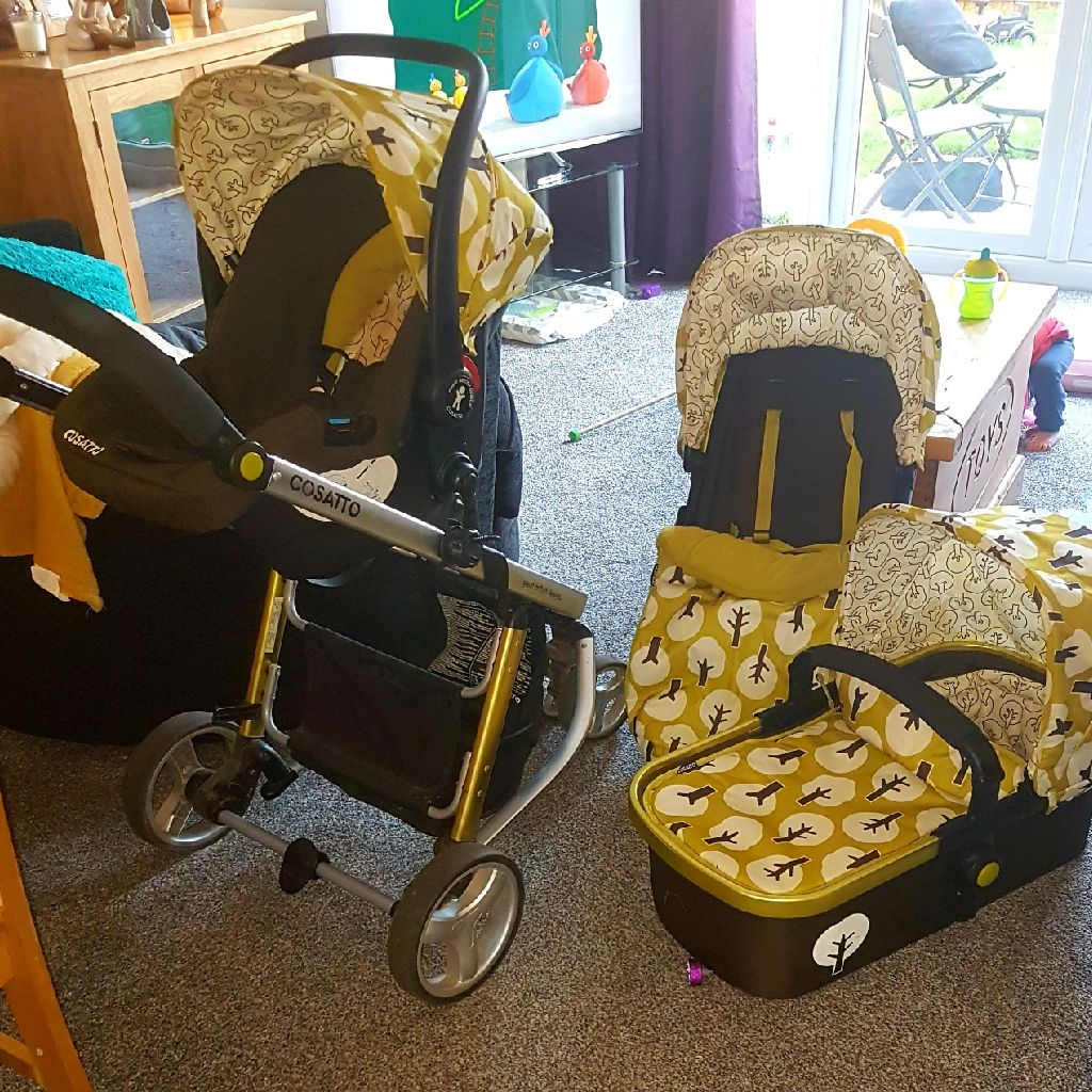 Cosatto 2 3 in 1 travel system
