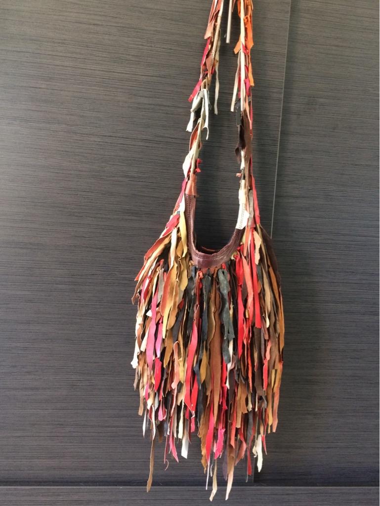 Fringe shoulder bag - Real leather.