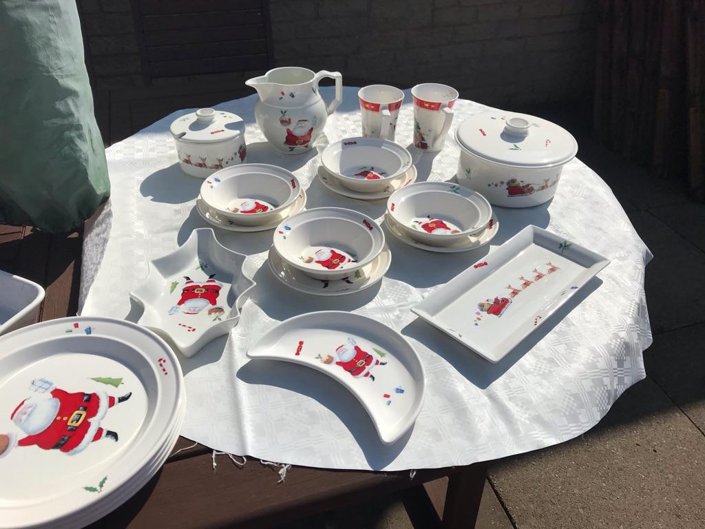 Christmas Plate Set.Portmeiron Jolly Santa Christmas Dinner Set