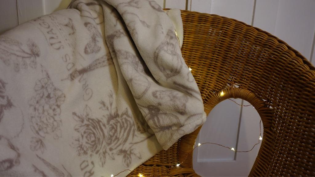 Paris Theme Cotton Bed Throw
