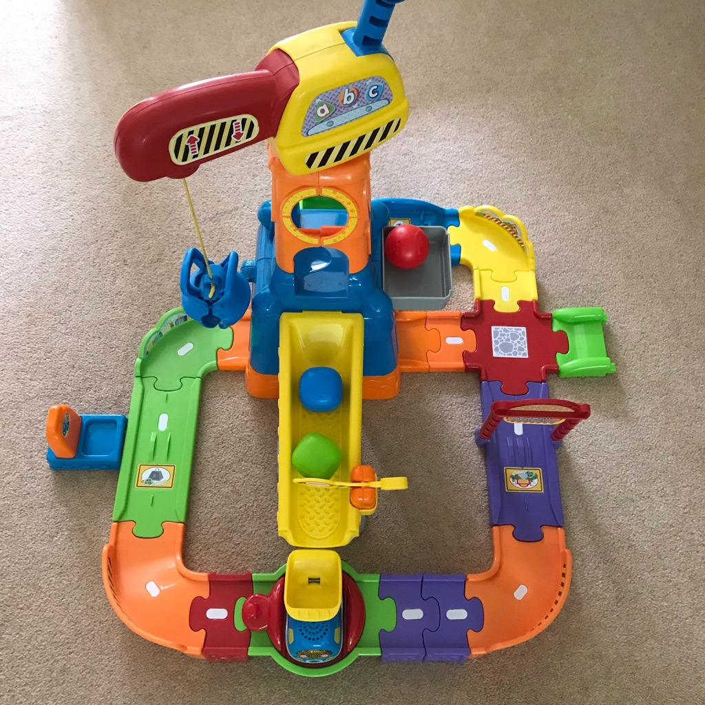 Vtech toot toot construction site (with toot toot driver dumper truck)