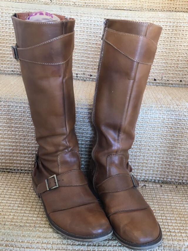 Brown boots from French Connection (size 41)