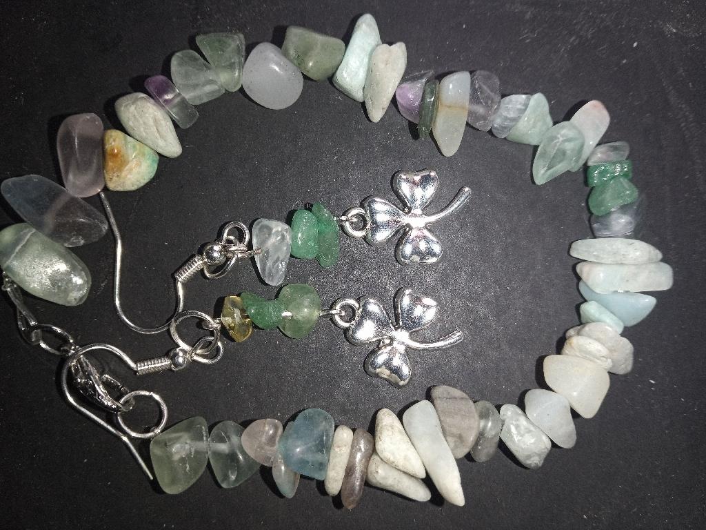 Bracelet n earrings set