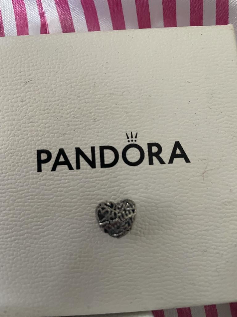 Family heart Pandora charm