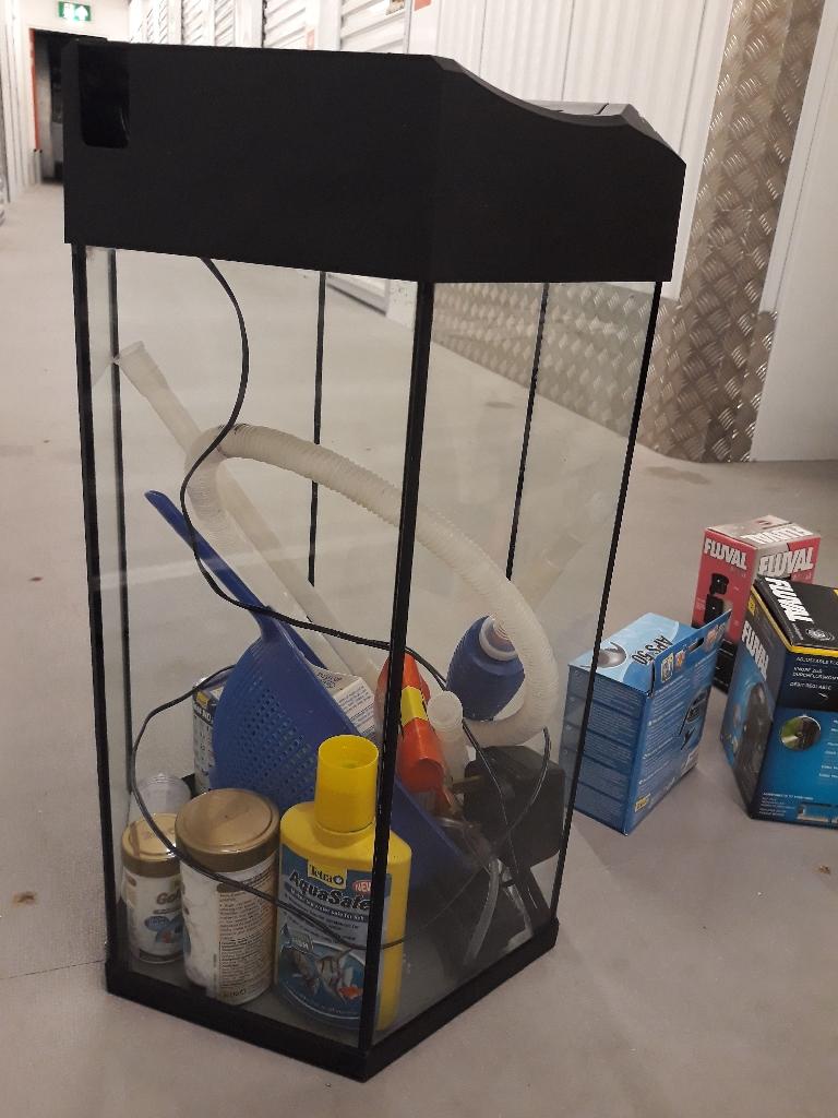 30l fishtank with accessories