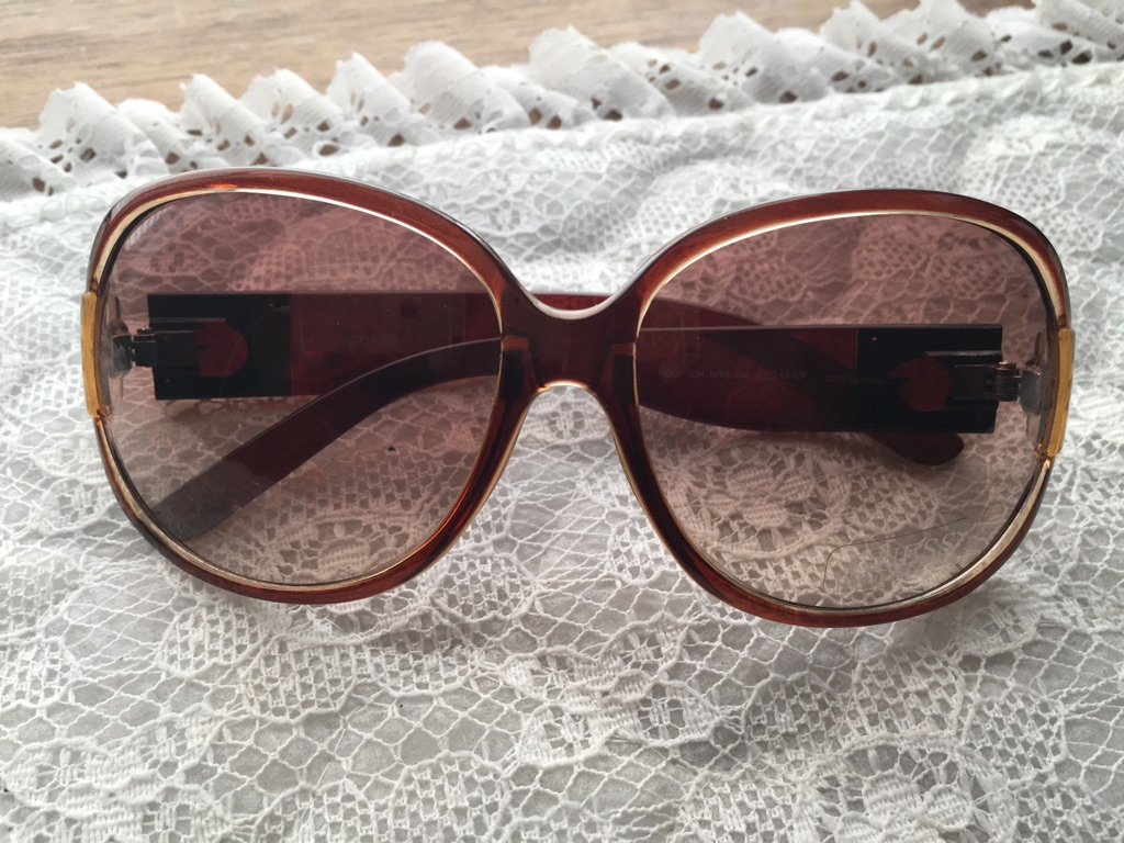 Genuine Ladies Guess Sun Glasses