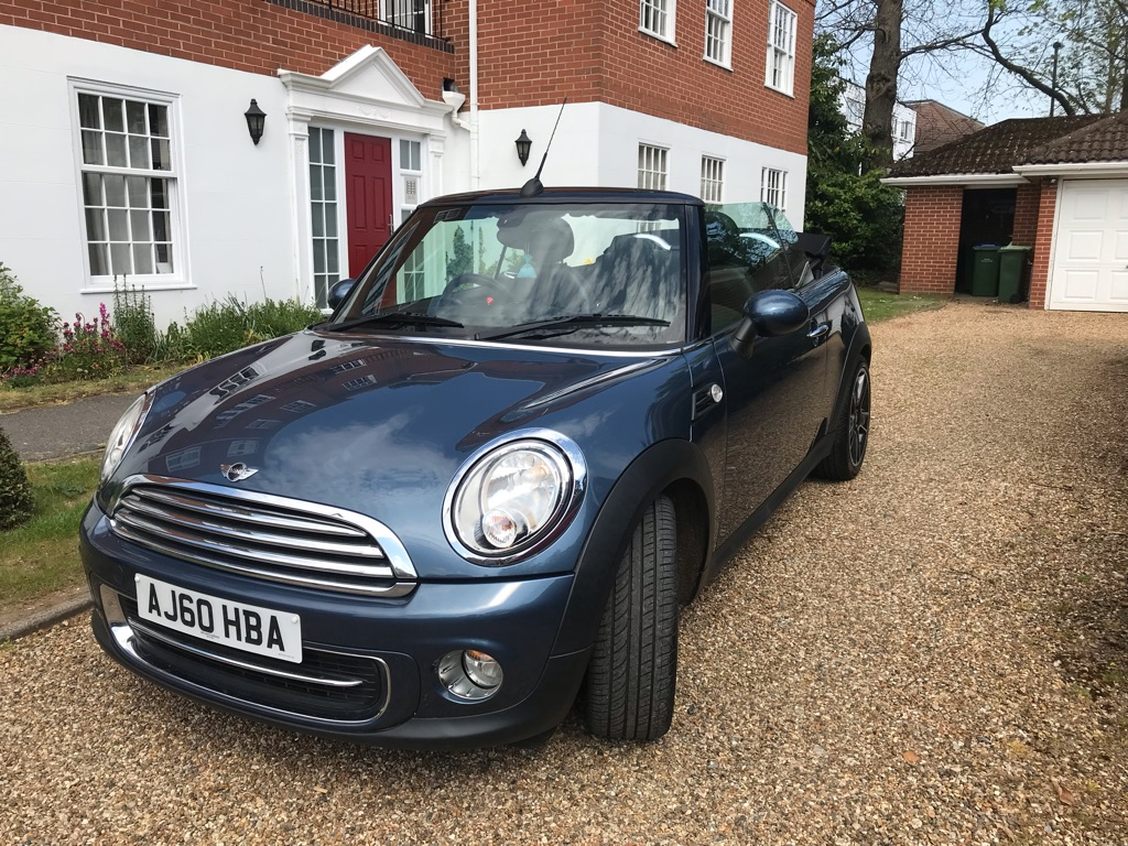 Mini Cooper Convertible WEYBRIDGE