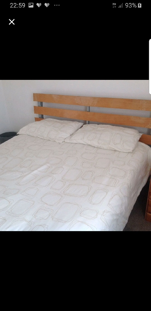 Single and double room to let